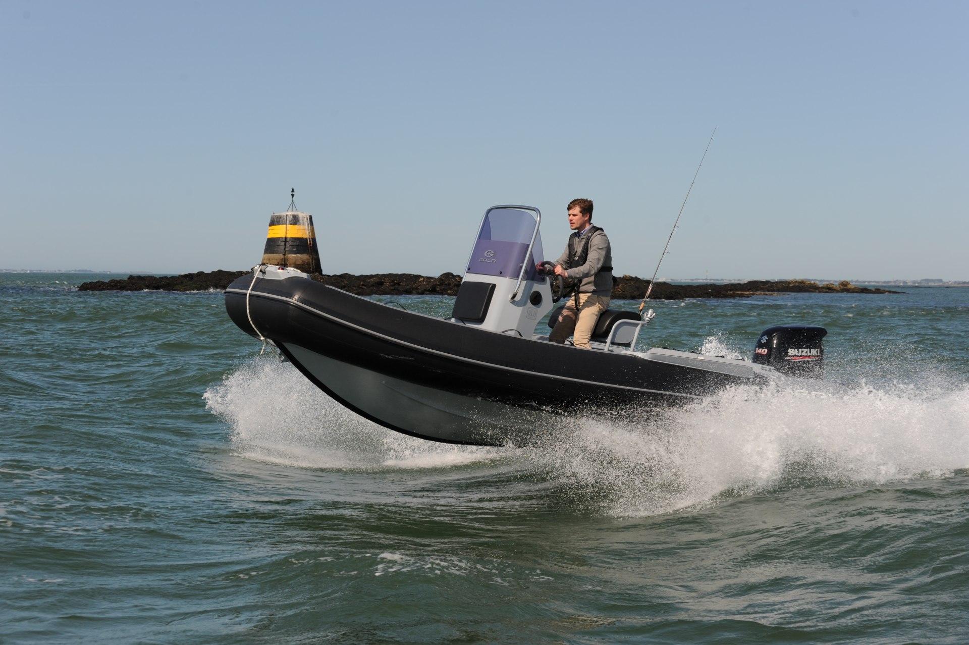 VIKING V580 FISHING/PECHE
